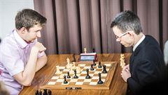 VIDEO: Monstrum! Navara sice byl v St. Louis poslední, zničil ale oba lídry i Kasparova