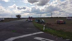 Při autonehodě na Znojemsku přišli o život dva lidé. Pět dalších je zraněných