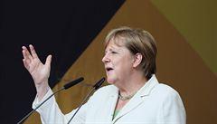 Plány na malou revoluci. V další vládě by Merkelová dala polovinu křesel ženám