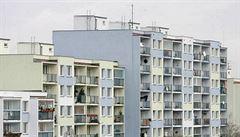 Bydlení zlevňuje: ceny panelových bytů klesly až o pětinu