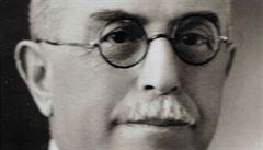 Před nacisty uchránil cennou sbírku. O hrob židovského továrníka se ale Prostějov nestará