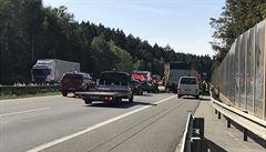 Provoz na D1 směrem na Brno přerušila nehoda u Humpolce, provoz již byl obnoven