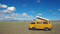 NOMÁDI: Veteránem do světa aneb Cesta do Mongolska a dál