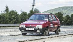 Test Favorita po 30 letech: Je to nečekaně moderní auto, jeho motor má elán
