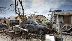 Nebezpečná auta poškozená hurikánem mohou skončit v českých bazarech