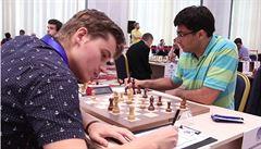 Šachový skandál. Kovalyovovi nadávali do cikánů kvůli šortkám, odjel ze SP