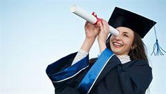Nejlépe se uplatní lékaři. Absolventi chtějí vydělávat 20 až 35 tisíc měsíčně