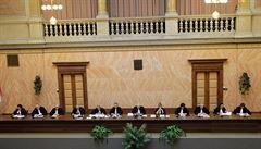 O církevních restitucích rozhodne Ústavní soud pravděpodobně v pondělí