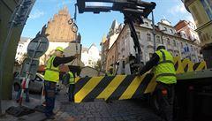 Praha rozmístí protiteroristické zábrany. Půltunové city bloky ochrání velikonoční trhy