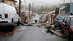 Hurikán Maria zasáhl Portoriko. Způsobil lokální záplavy a totální výpadek elektřiny