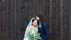 Zpěvačka Ewa Farna se vdala za kytaristu Martina Chobota