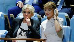 'Moc krátké pro 64letou ženu!' Sukně francouzské první dámy rozdělily světová média