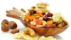 Koncentrovanější přírodní cukry a kalorie. Je sušené ovoce zdravé?