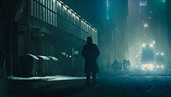 Filmové premiéry: Harrison Ford bojuje s roboty, Kate Winsletová s mrazem