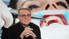 Laik kvalitu zubaře snadno nepozná, říká Šmucler. Za tím dobrým by měl dojíždět