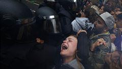 Katalánští separatisté vyzvali ke generální stávce. Má se uskutečnit v úterý