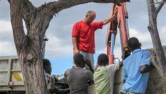 Mise českých techniků se chystá zkontrolovat studny po hurikánové sezoně na Haiti