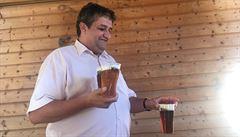Diskuse nad pivem. Sociálních demokratů se bojíme, vždy nás zradí, říká komunista