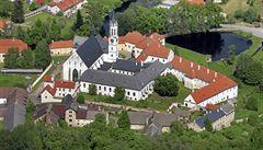 Restituční trumf klášterních bratří: Úřad souhlasí s navrácením pozemků