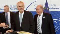 Kompenzace? Tak ať antiHavel Zeman prodá Putinovi Prahu či Vary, zlobí se Ukrajinci