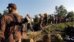 Barmská armáda poprvé přiznala vraždu muslimských Rohingů