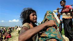 'Odpovědnost za zvěrstva.' USA zvažují sankce vůči Barmě, kvůli násilí na Rohinzích