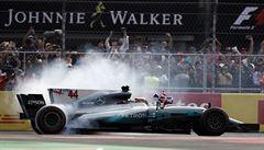 Stájím formule jedna se nelíbí snížení počtu motorů v příští sezoně