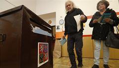 Poslanci si koledují o blamáž. Návrh nového volebního zákona skrývá riziko