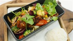 VIDEORECEPT: Kuřecí stir-fry s wok zeleninou