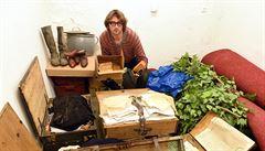 Nečekaný poklad ukrytý pod chalupou. Na Ústecku objevili další skrýš vybudovanou za války
