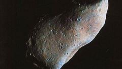 Naše planeta dokáže přebarvit asteroidy