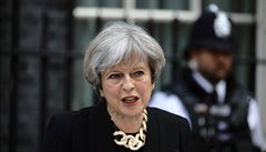 MI5 překazila atentát na Mayovou. Džihádisté chtěli na Downing Street odpálit bombu a pak premiérku zabít