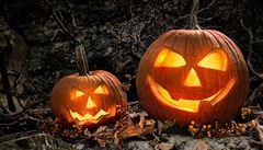 Halloweenská strašidelná dýně. Kde ji koupit a jak vyřezat?