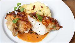 Netradiční kuře na paprice. Jak na něj poradí šéfkuchař