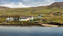 Pět obyvatel se snaží koupit si svůj ostrov ve Skotsku