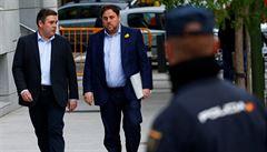 Madrid začal vyslýchat katalánské exministry. Mají šanci opustit vězení