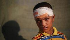 Šest set tisíc uprchlých Rohingů v jednom táboře. Kemp navštíví americká delegace