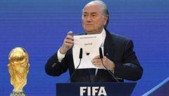 Katar připustil možnost uspořádat fotbalové MS 2022 v zimě