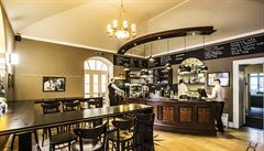 Recepce, o kterou se opíral Sinatra i Picasso, slouží nyní v Praze jako bar