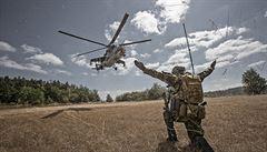 Nejdřív granát nablízko, pak vrtulníky a stíhačky. Čech popisuje intenzivní přestřelku v Afghánistánu