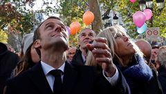 Chová se Macron jako Ludvík XIV.? Opulentní oslava vyvolala rozruch, jeho obliba však sílí