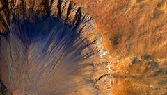 Vědci potvrdili, že na Marsu je metan, může jít o známku života