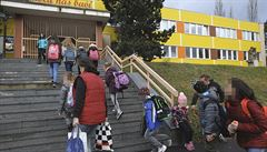 Děti posílali do plynu. Teplická škola nyní obdrží na výuku přes třičtvrtě milionu