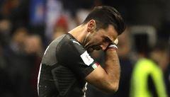 Itálie smutní. Na MS bude po 60 letech chybět, Buffon v reprezentaci skončil