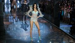 Bündchenová už není nejvýdělečnější modelka na světě. Předběhla ji nevlastní sestra Kardashianové