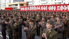 Co nám říkají červi o Severní Koreji? Kvůli potravinové krizi už hladoví i vojáci