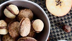 Baci di dama - dámské pusinky. Italské vánoční ořechové cukroví