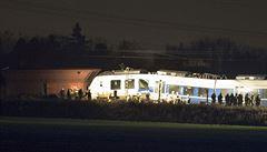 Srážka osobního vlaku s nákladním si na západě Německa vyžádala desítky zraněných