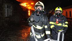 Škoda po požáru skladů ve Vinoři se odhaduje na 50 milionů korun