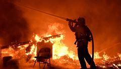 Nizozemci vybírají peníze na Čechy, jimž při požáru zemřely děti